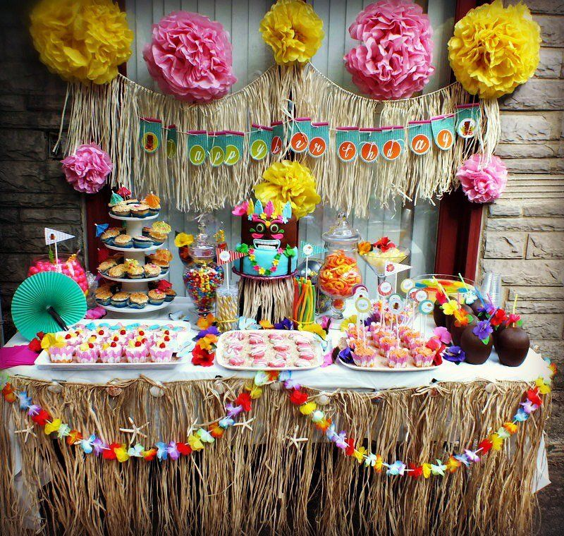 Pin by dana cervera on fiesta hawaiana pinterest for Decoracion de frutas para fiestas infantiles