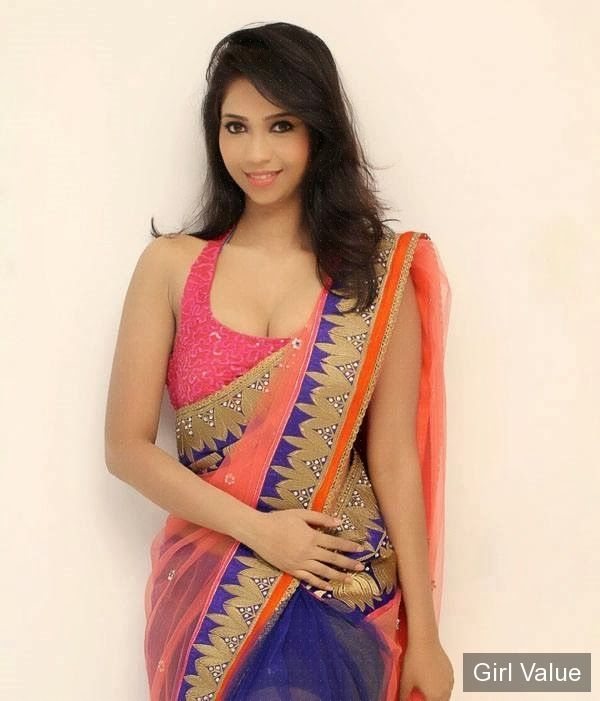 hot Girls Saree