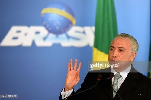 Brazilian acting President Michel Temer delivers a speech... #sacoma: Brazilian acting President Michel Temer delivers a speech… #sacoma