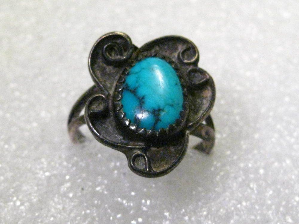 Vintage Silver Plated Southwestern Turquoise Shadowbox Ring, Size 7.5 #unbranded