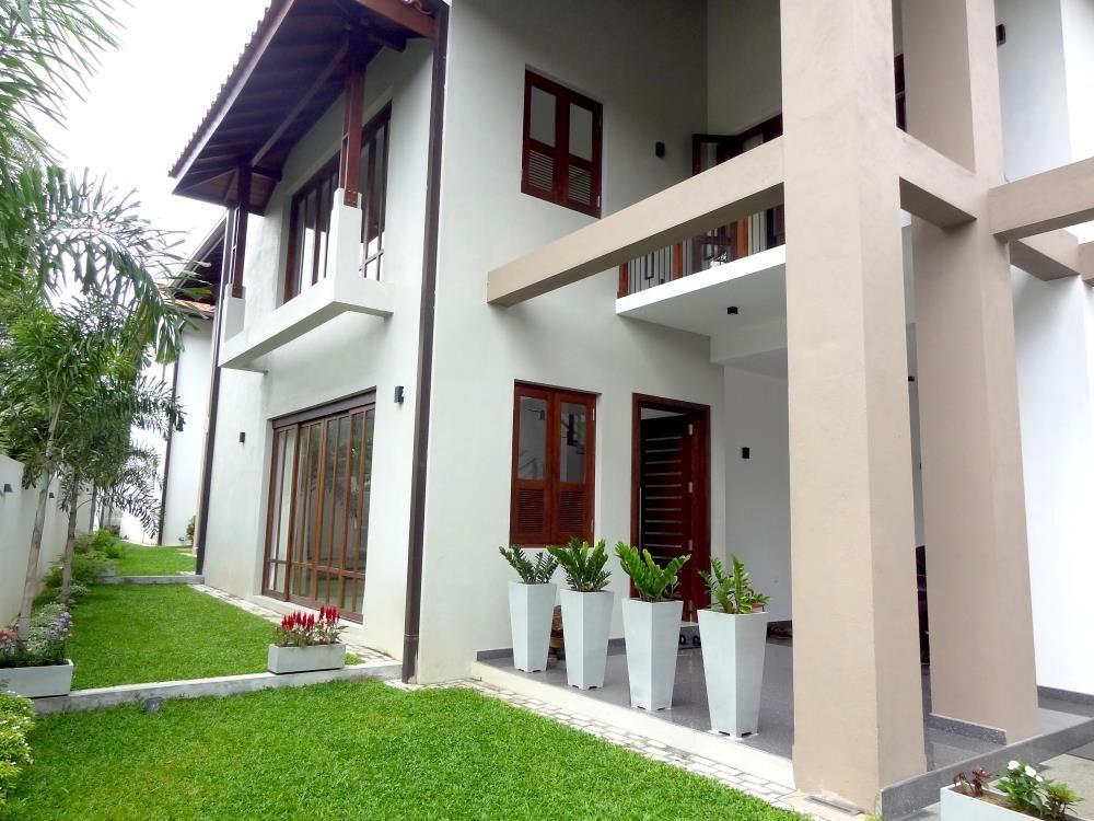 Simple House Designs In Sri Lanka