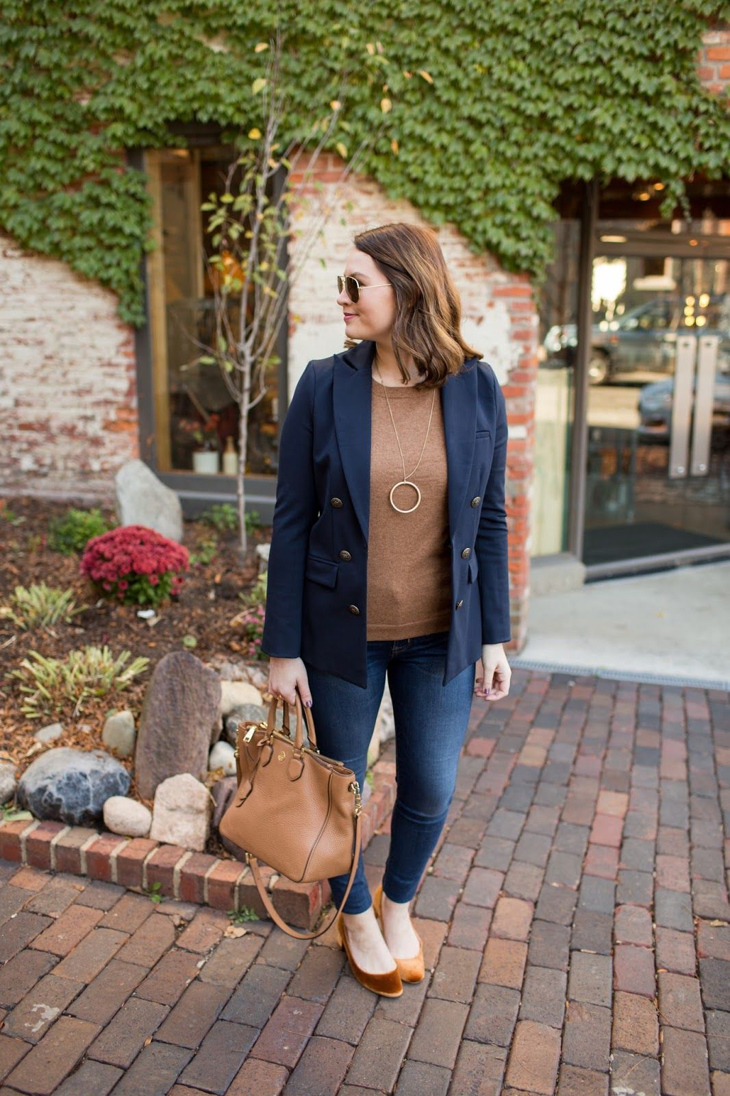 A Hint Of Velvet Fall Pinterest Autumn Outfits Autumn And
