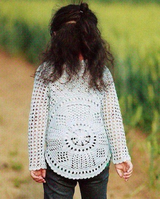 DE MIS MANOS TEJIDOS Y MAS...: Modelo de chompa para nena | Shirts ...