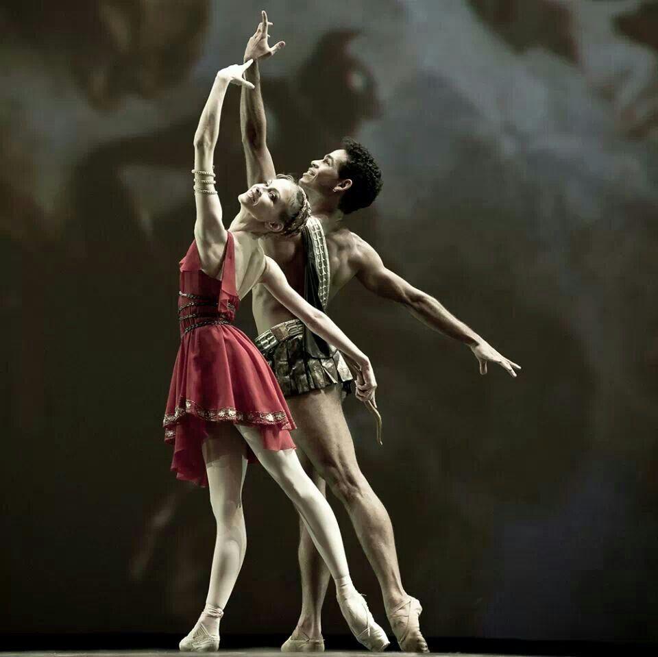 Mariinsky e Mikhailovsky, do ballet Bolshoi, nos Jogos Olímpicos de Sochi.