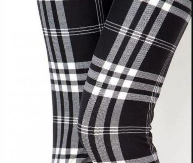 6a9d3380e5d8f EXTRA PLUS Size 18-24 Black White Plaid Winter Leggings by JewelryAppeal on  Etsy