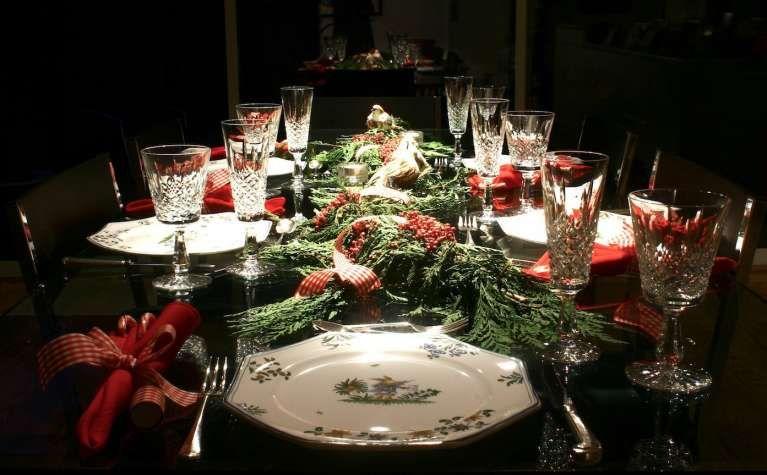 Apparecchiare la tavola di Natale   Centrotavola di natale ...