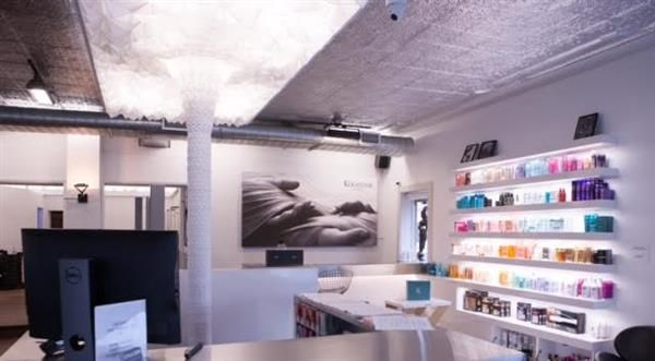 Sometimes, some of the most awesome 3D printing projects pop up in the unlikeliest of places. Recently, for instance, a hair salon in a suburb of Montreal was kitted out with a stunning (not to mention massive) 3D printed light fixture.