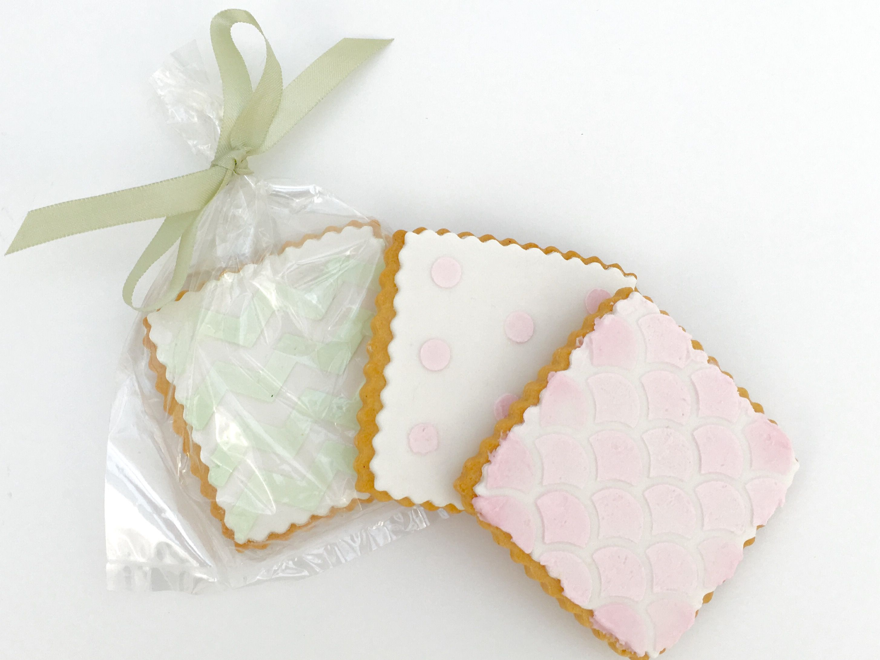 Cherry Crumbs Wedding Cookies // Wedding Favours // Pastel // Cake ...
