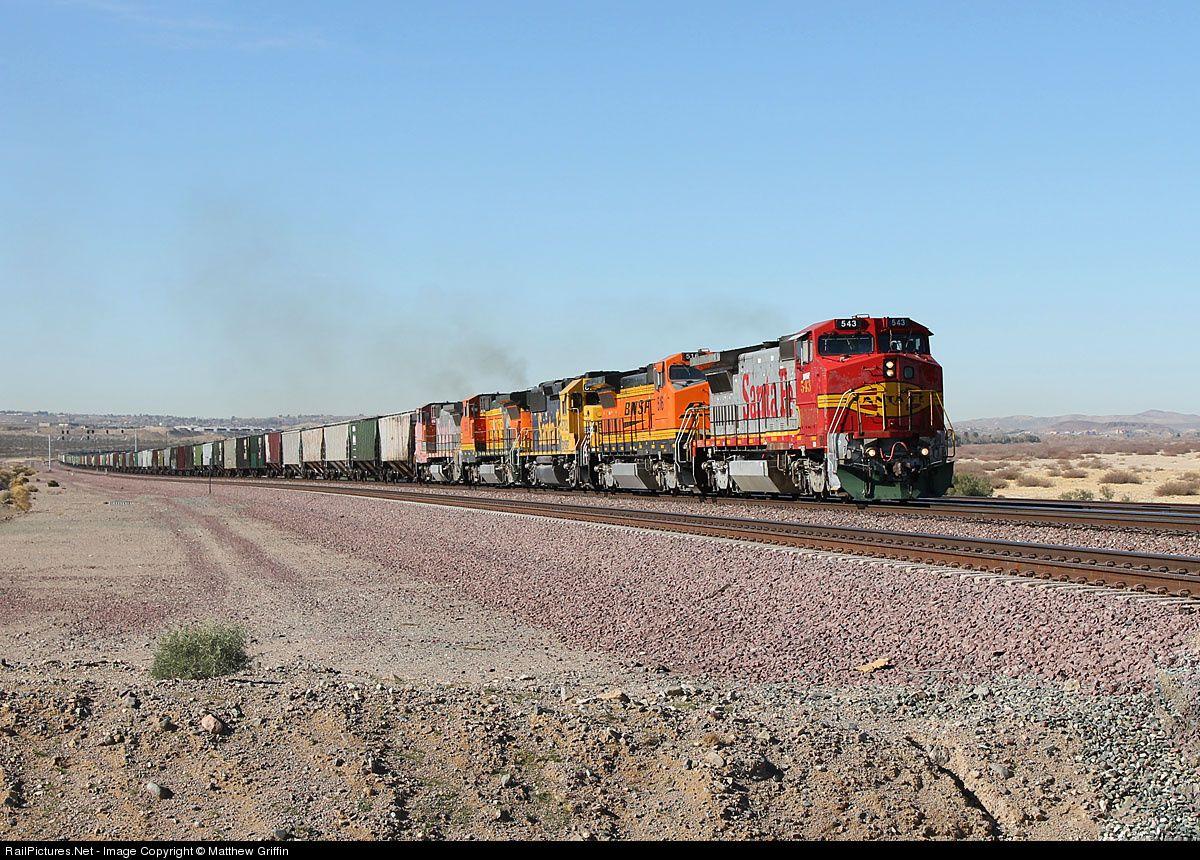 RailPictures.Net Photo: BNSF 543 BNSF Railway GE B40-8W (Dash 8-40BW) at Daggett, California by Matthew Griffin