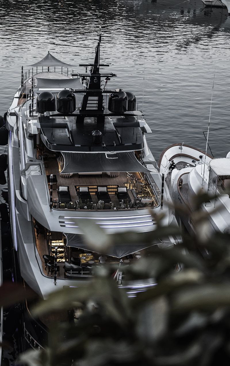 Pin by BLKBRANDING on Black Boat, Boats luxury, Yacht boat