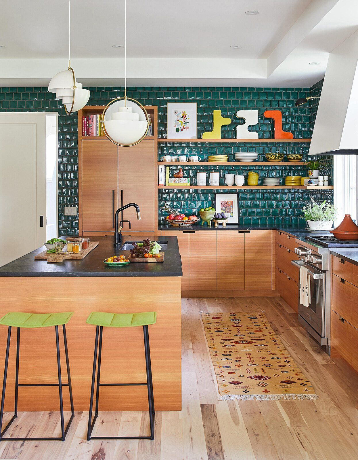 30 Home Improvement Ideas You Can Achieve For Less Than 150 In 2020 Modern Kitchen Colours Kitchen Trends Kitchen Design