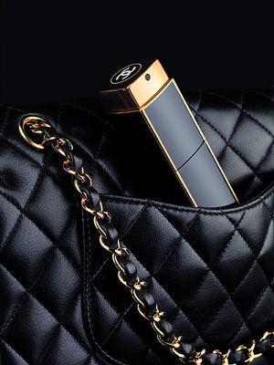 Geur Jou Lewe Met Chanel No 5 In N Oulike Handsakgrootte Verpakking A Handbag Size