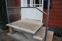 Treppengeländer aus Edelstahl Nutrohr und Sicherheitsglas