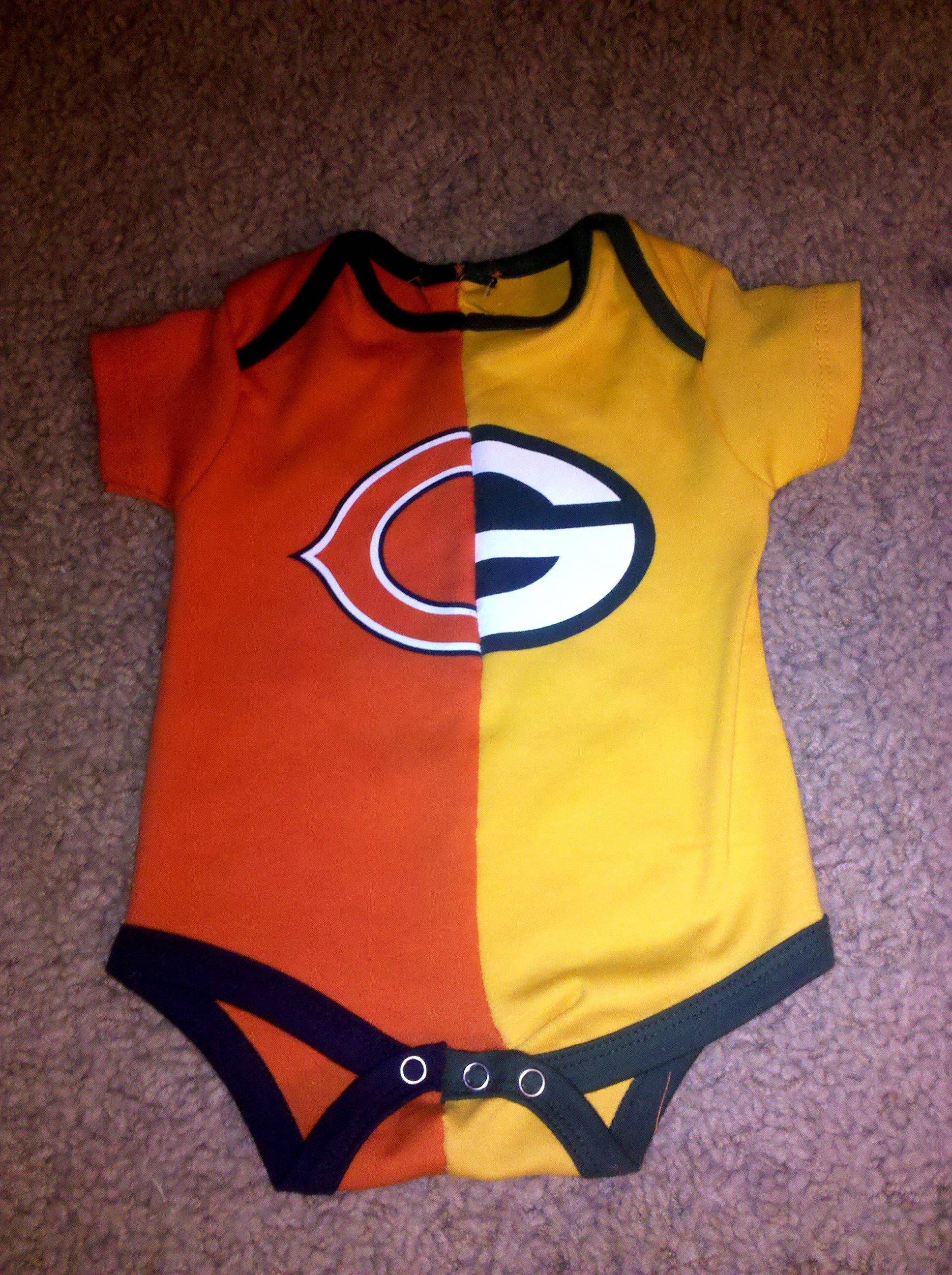 What happens when a Mommy is a die-hard Packers fan and a Daddy is a die- hard Bears fan 3737d9806