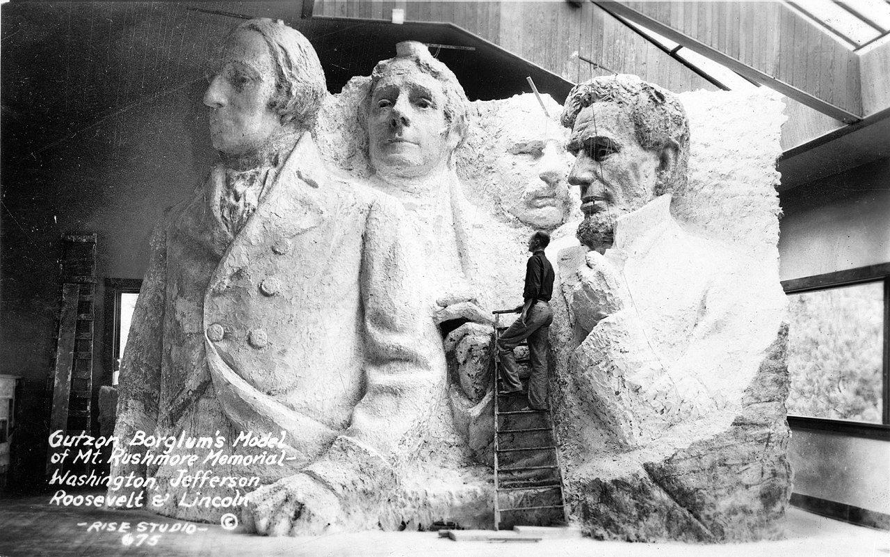 Gutzon Borglum S Model Of Mt Rushmore Memorial