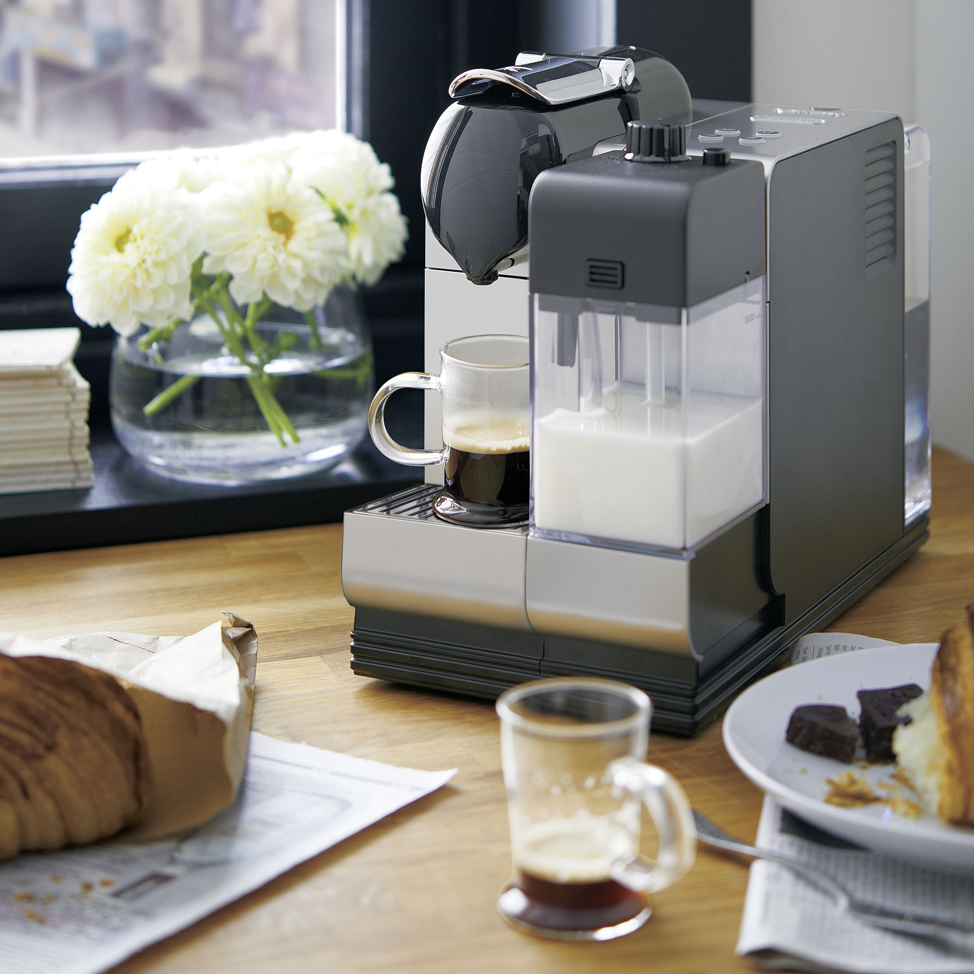 Two Leaders In Modern Coffee Technology Unite To Create A Premium Pump Espresso Maker With The C Espresso Maker Nespresso Lattissima Crate And Barrel