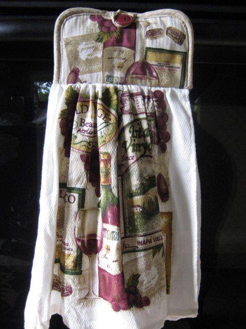 Kitchen Dish Cloth Pot Holder combo Wine Bottle Decor