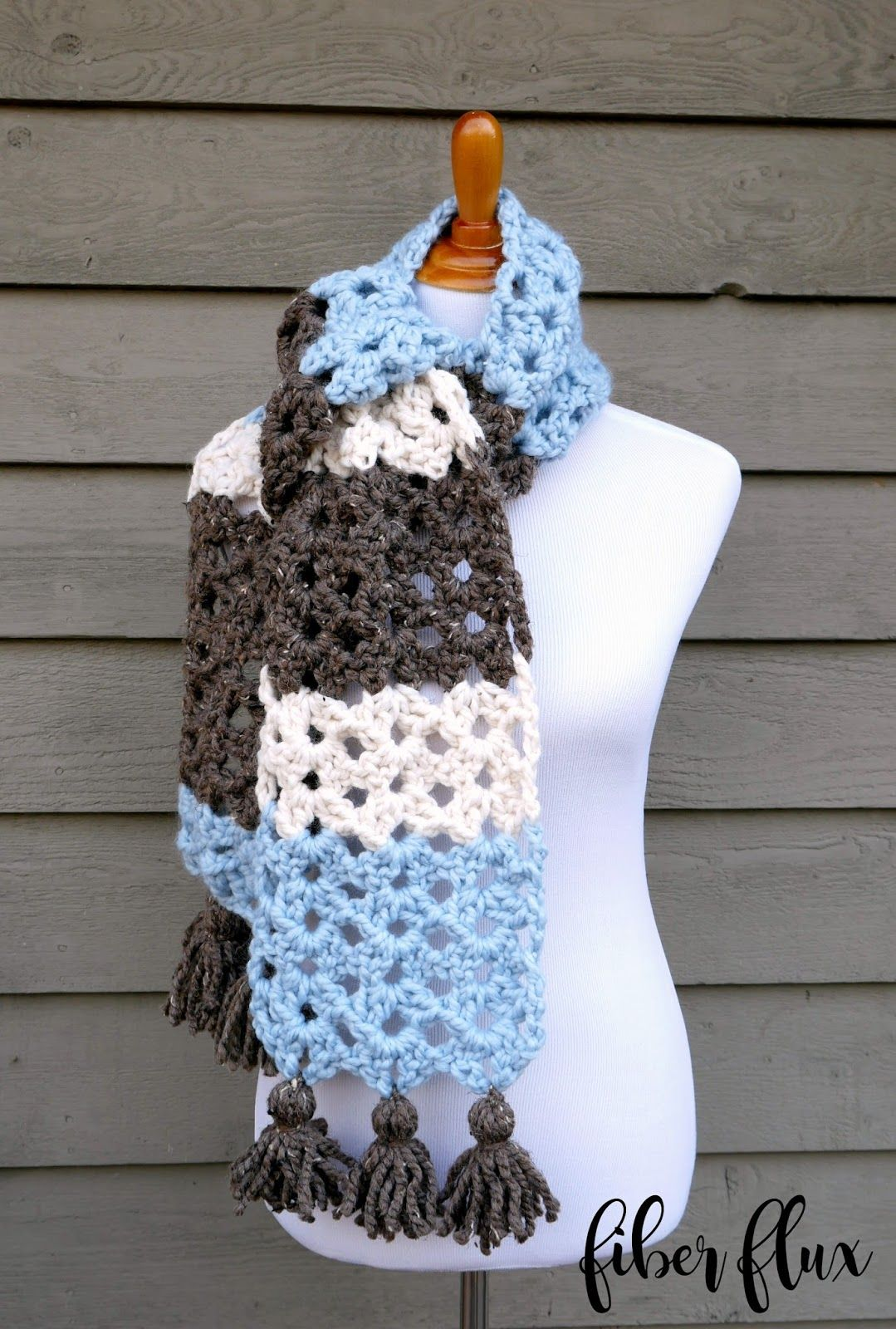Free Crochet Pattern...Winter Woods Scarf | Tejido