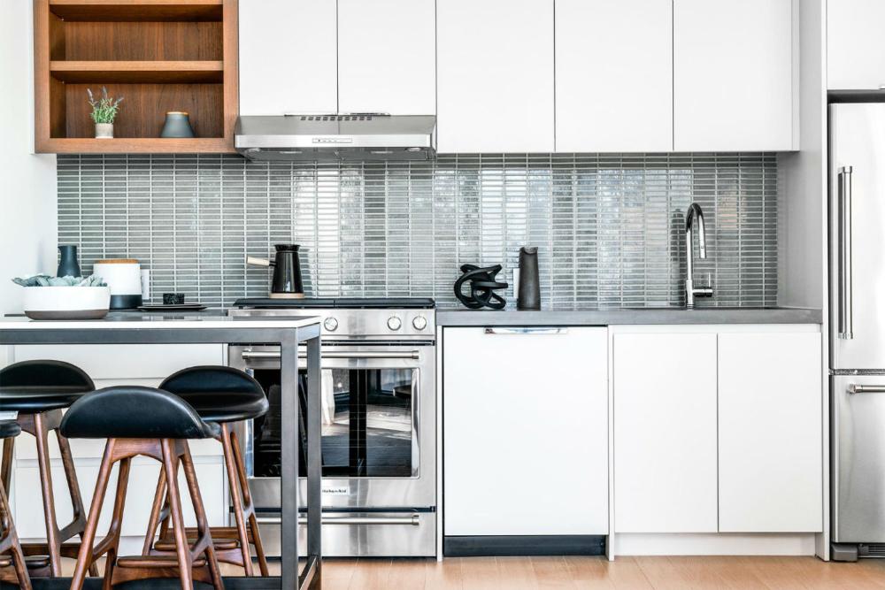 One Blue Slip Greenpoint Landing Interiors Handel Architects Interior Apartment Kitchen Luxury Rentals