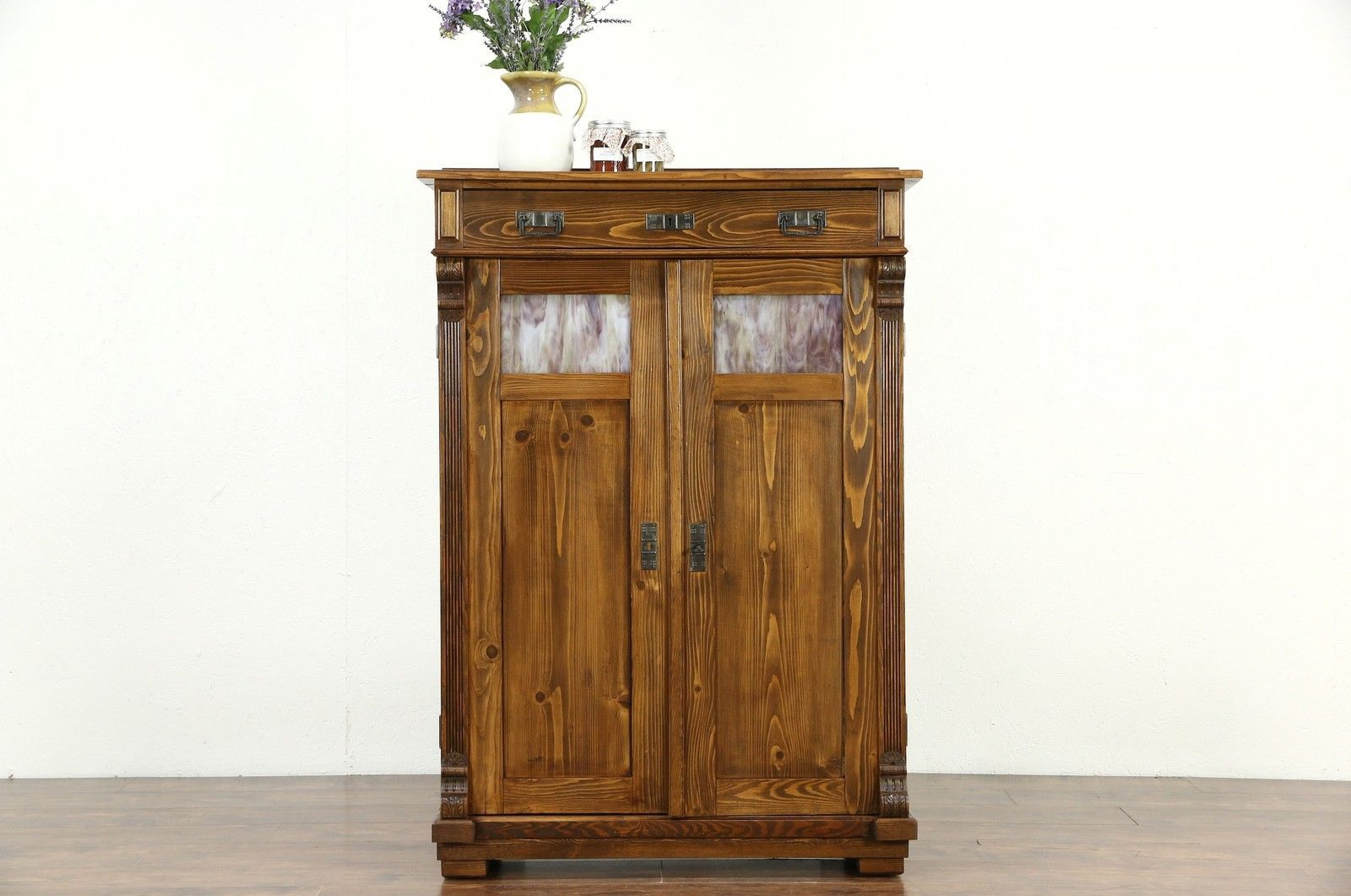 Luxury Arts and Crafts Cabinet Hardware