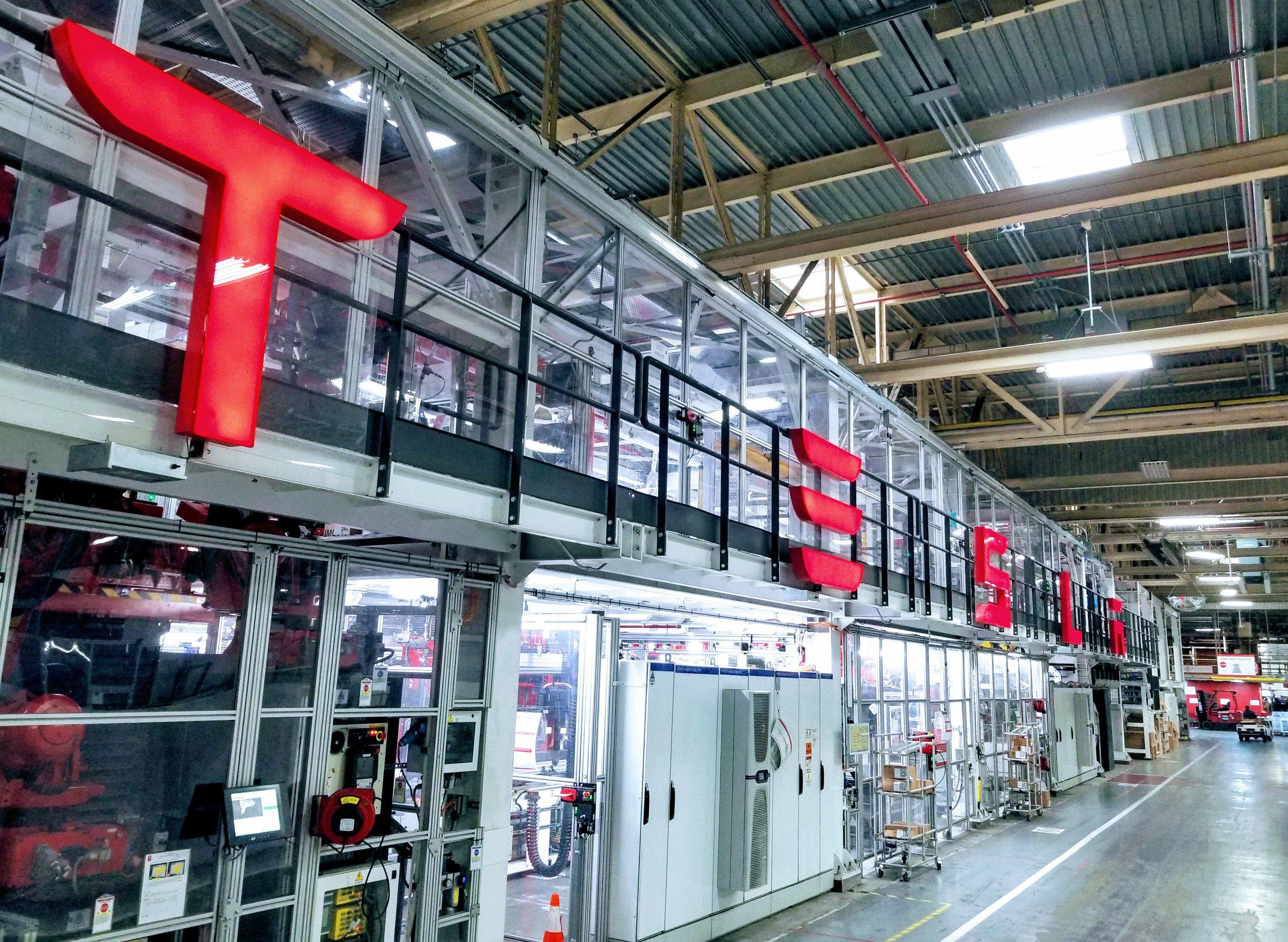A Look Inside Tesla S Fremont Automotive Factory Cleantechnica