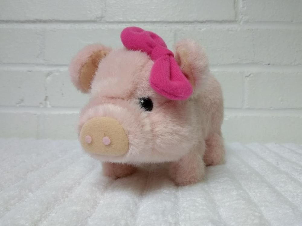 Westminster Pig Oinking Moving Walking Toy Pink A29 Westminster