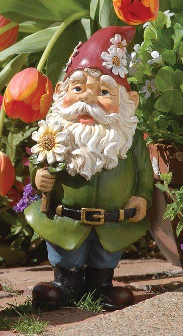 Gnome Garden: Garden Gnome Statue