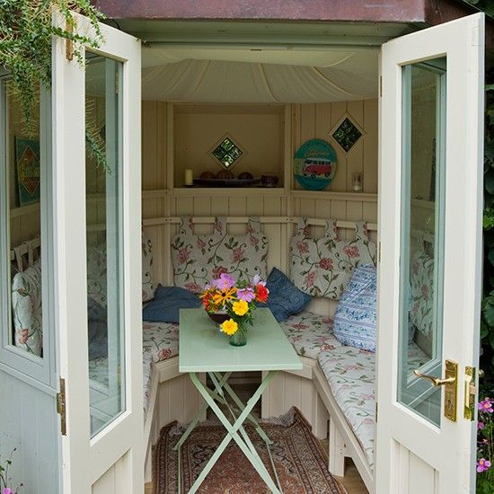 Summer House Ideas Interior >> Floral Garden Summerhouse Country Garden Design Ideas