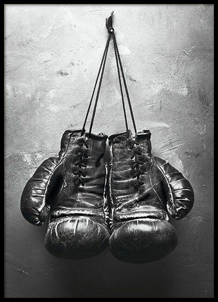 Een poster met zwart-wit fotografie van bokshandschoenen. Stijlvol ...