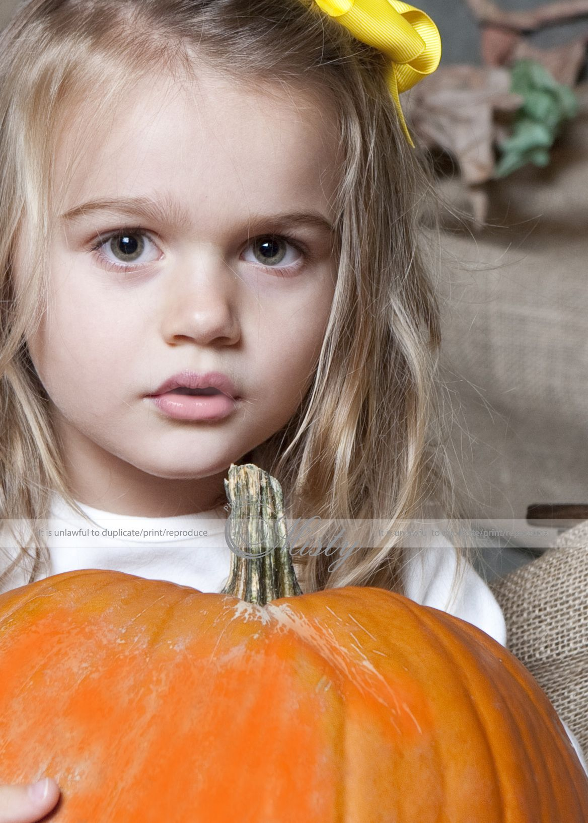 Halloween Fall photography ideas, Fall children pictures