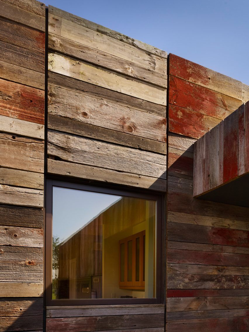This Single Family Home In Delaware Was Built Using Wood Reclaimed From A  Nearby Agricultural Structure Slated For Demolition