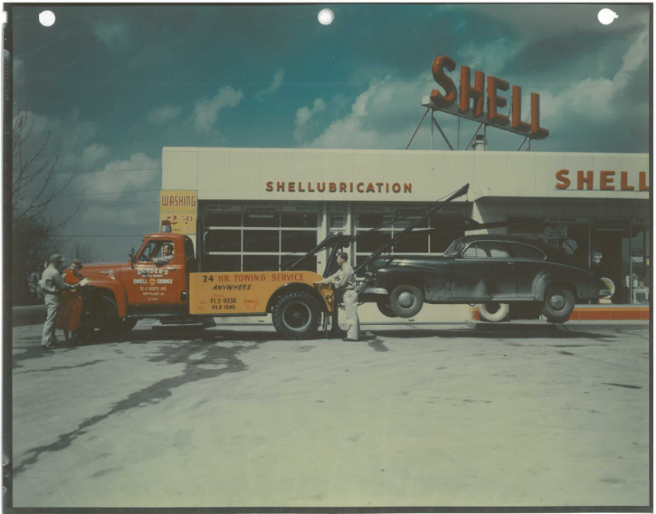 Throw Back Thursday! Action Shot: One of Snyder's tow trucks doing its job. #tbt www.autotruck.com