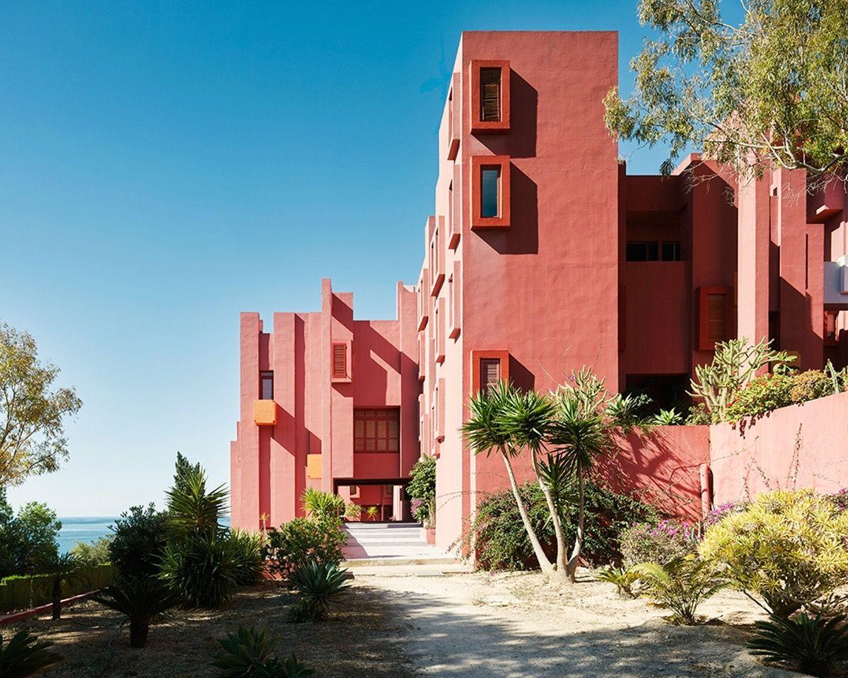 La Muralla Roja de Calpe - edgargonzalez.com