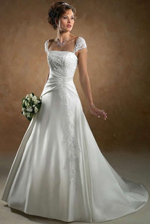 best wedding dress for hourglass figure | Laney\'s wedding ...