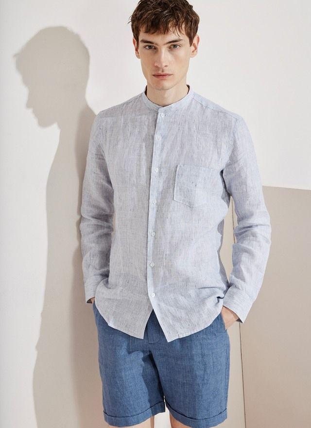 Esta camisa de manga larga con cuello mao está confeccionada en lino  lavado 60e7a23eaa8