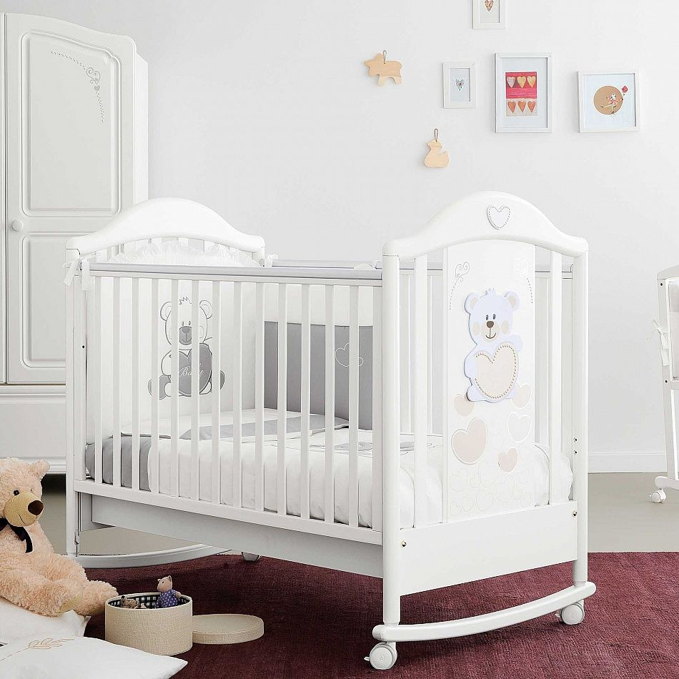 Contemporary white wooden jenny lind crib for your baby to sleep - Furniture Stunning Pali Baby Crib Design Ideas In White With White Stained Wooden Material Crib Feature White Bed Sheet Plus White Wheel Crib Legs As Well