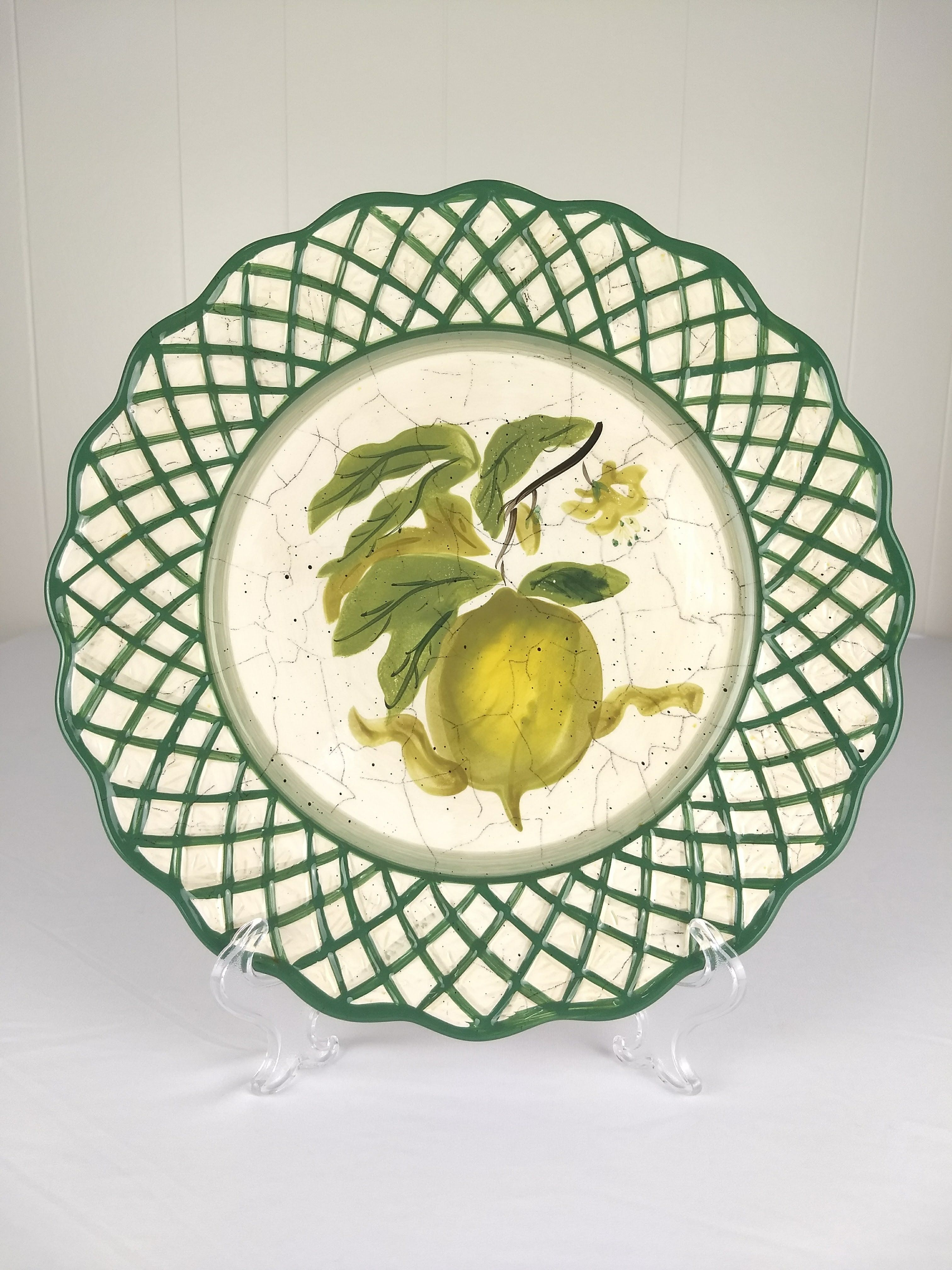Raymond Waites Cornucopia Lemon Dinner Plate measures 11\  in diameter #collector #collectorplate & Raymond Waites Cornucopia Lemon Dinner Plate measures 11\