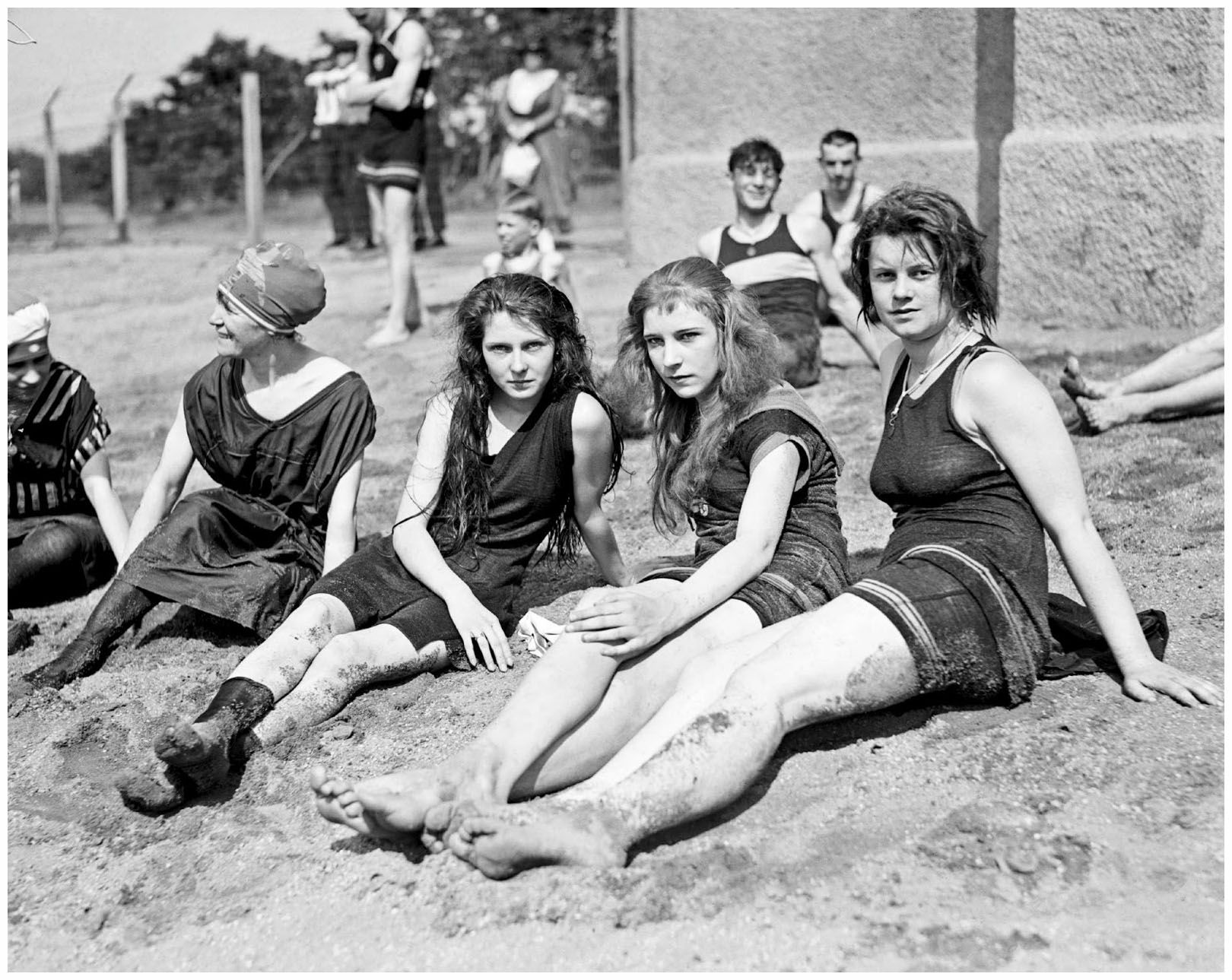 Norma Kamali Costumi Da Bagno Bathing Beach 1920 39s Pleasurephotoroom Wordpress