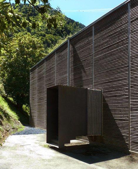 to the Atelier Zumthor Haldenstein, Switzerland by