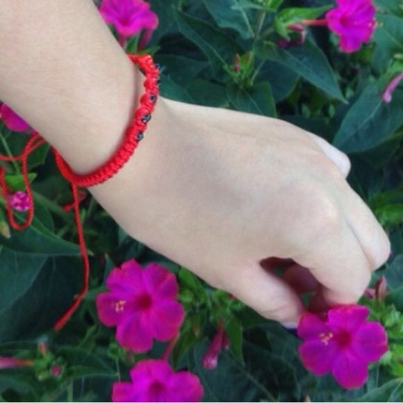 Huayruro Red Seeds Macrame Bracelet ✖For display only do not purchase individually✖ Handcrafted bracelet with Huayruro seeds from Peruvian Amazon, fits all wrist sizes! Double-sided bracelet.                                               ⓢⓘⓩⓔ: Fits up to 10 inches. ⚠️Do to the Huayruro seed's delicate properties please avoid exposure to water ⚠️   Bundle not available with the 3 for $8 bracelet's! Unless you want this bracelet & a different one we can negotiate a price bundle✌️ Jewelry…