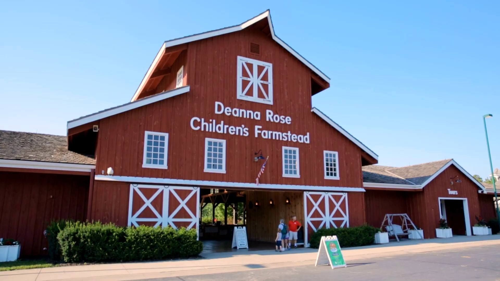 A Delightful Day At Deanna Rose Children S Farmstead In Overland Park Kansas Overland Park Kansas Farmstead Vacations In The Us