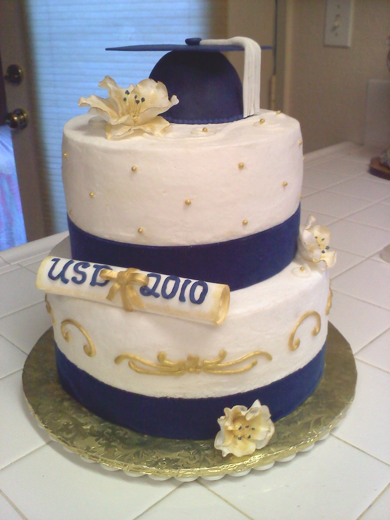 College Graduation Cake With Images College Graduation Cakes