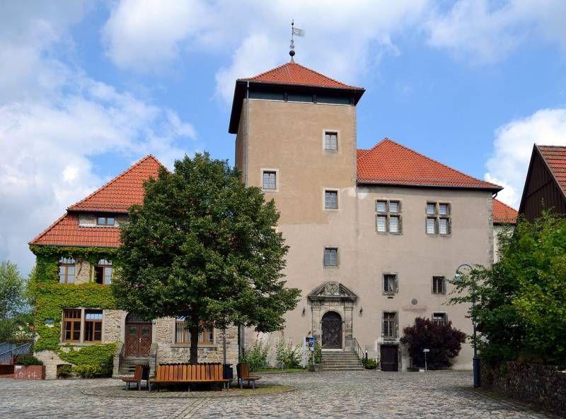 Burg Horn In Horn Bad Meinberg Architektur Burg Die Schonsten Orte Deutschlands Schone Deutsche Stadte