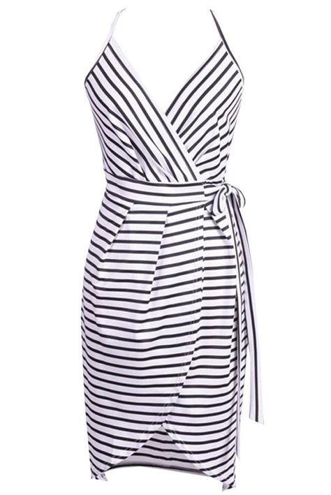 Wrap Dress with Straps - FREE pattern | para hacer | Pinterest ...