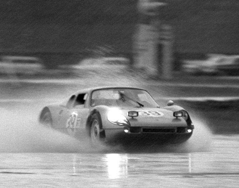 39 Porsche 904 GTS of Joe Buzzetta and Ben Pon | blue prints