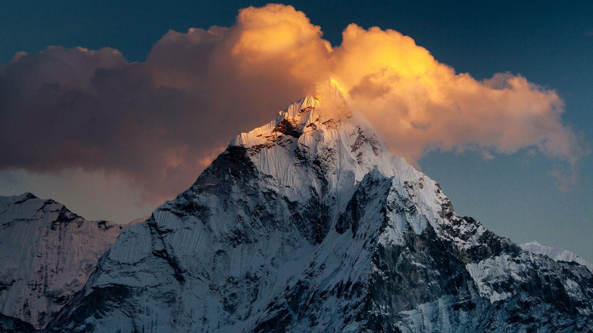 Ama Dablam Mountain Nepal 19201080 Hdwallpaper Wallpaper