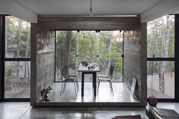 """""""Minimalista no meio da floresta. Conheça a Casa HAZP postada por Frederico Zanelato no bim.bon: http://bit.ly/casahazp  Publique também os seus projetos: http://bit.ly/portfoliogratis"""""""