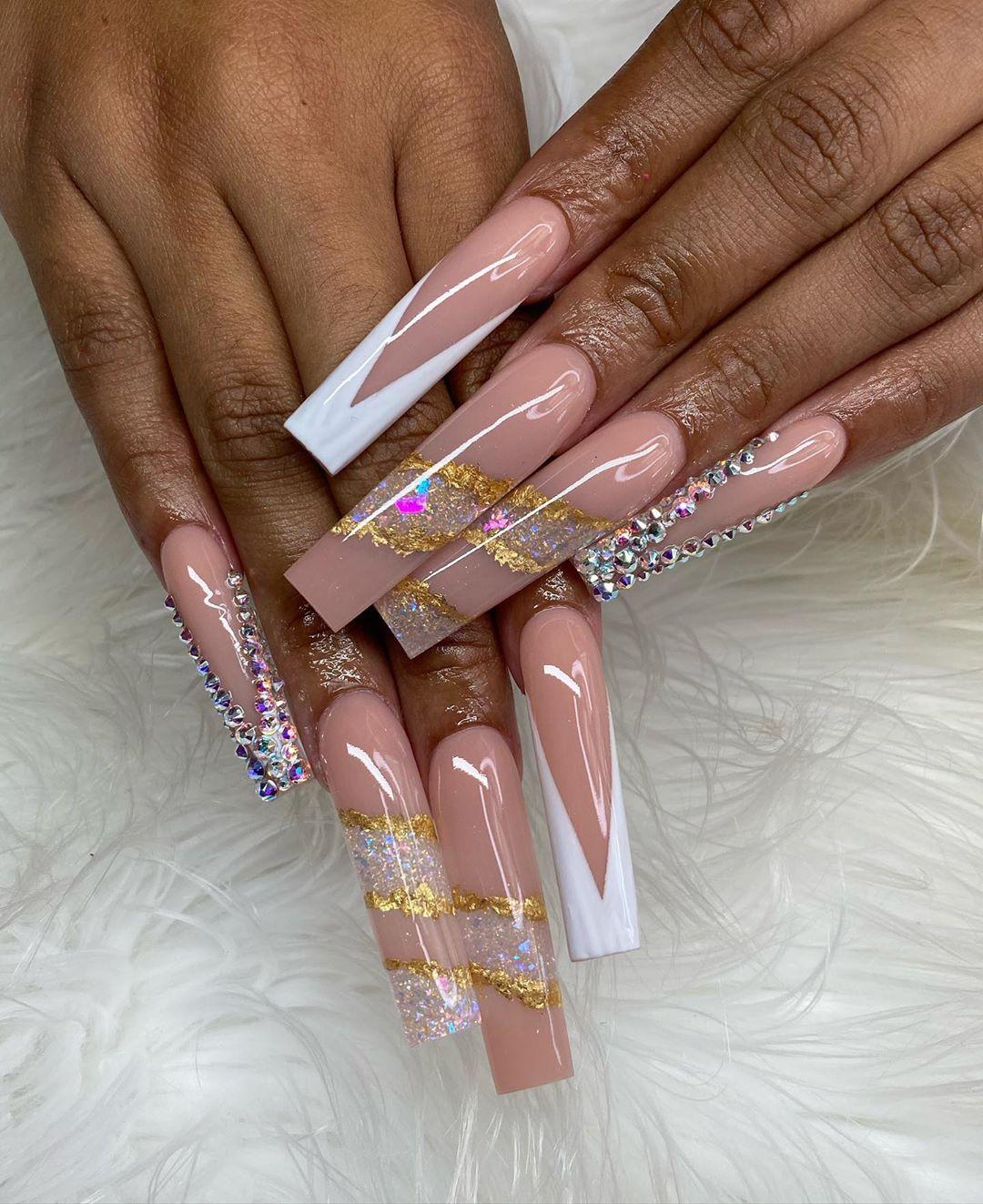 """Byanka rea💁🏻✨ on Instagram: """"Birthday Nails 97 ✨ @nailsbybyanka • • #nailsbybyanka #teamnailsbybyanka #acrylicnails #nailsofinstagram #nailsnailsnails #nails2inpire…"""""""