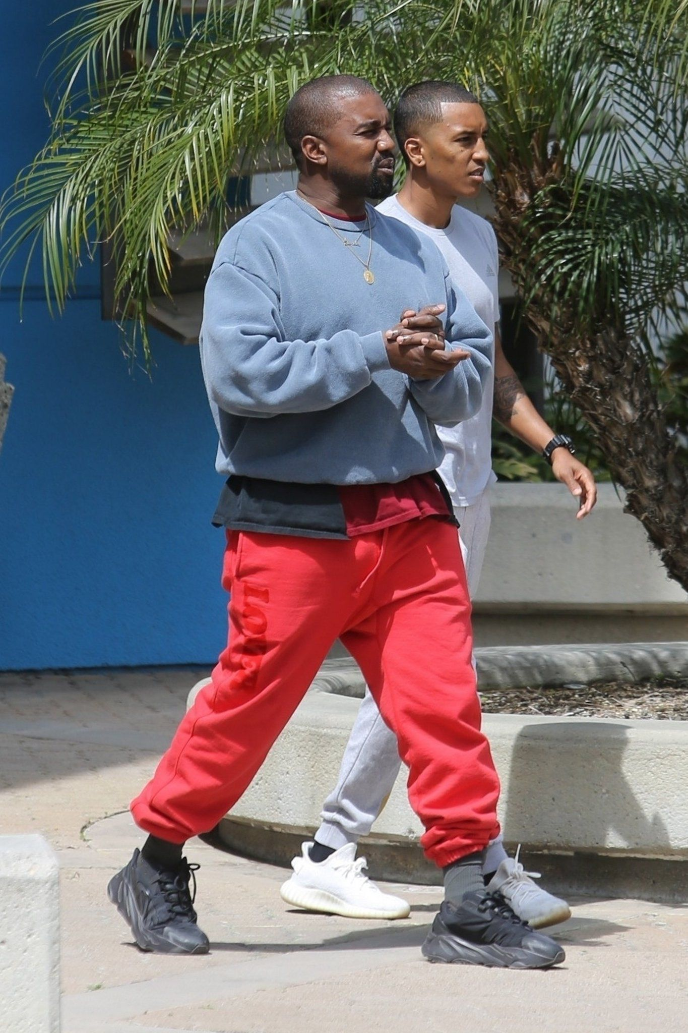 Pin By Saint S A On Dad Steezy In 2020 Kanye West Style Kanye West Outfits Kanye Fashion