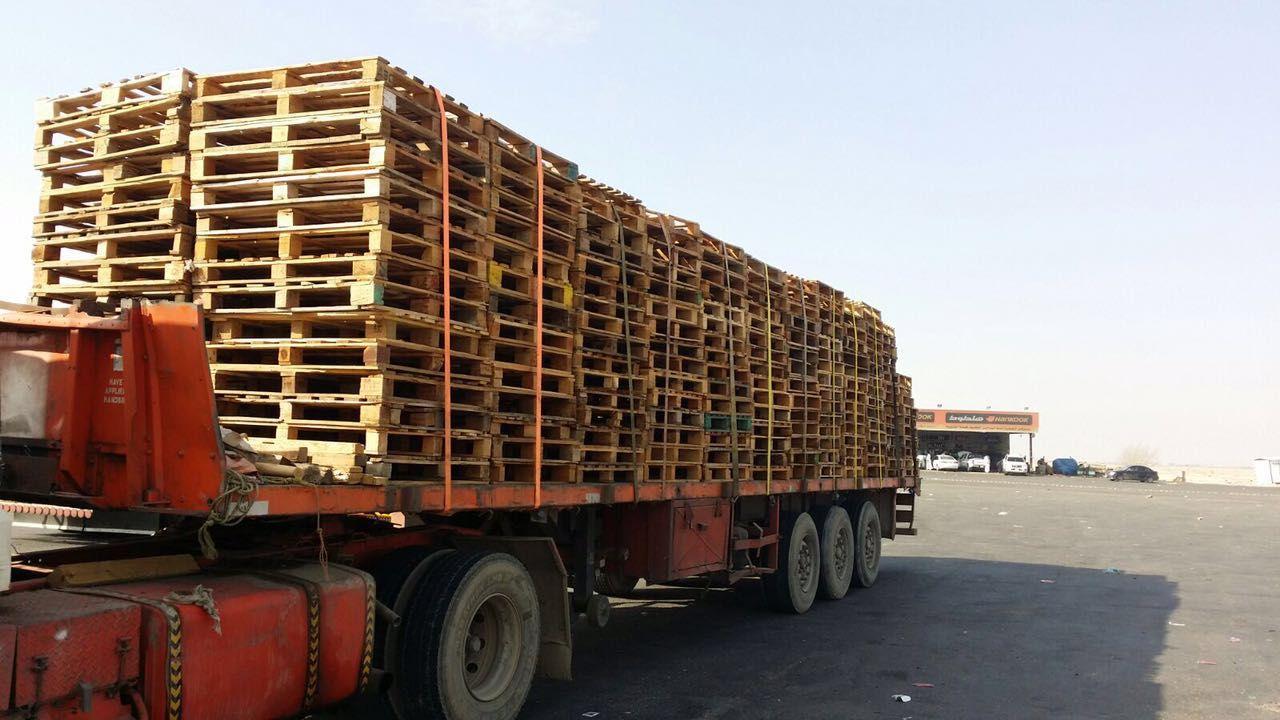 العجمي لنقل وترحيل البضائع الشحن البرى هو نوع من أنواع الشحن المتعارف عليه في دول العالم والتي من خلالها يتم نقل البضائع من مكان إلى مكان و Vehicles Trucks